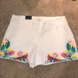 NWT crown & ivy white Tropical Shorts 12